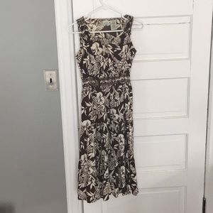 Dresses & Skirts - Brown and white Floral Summer Dress